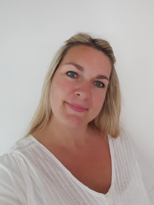 Michelle_Mcnamara-Hypnotherapy-Counselling-London-Putney-Well4ever