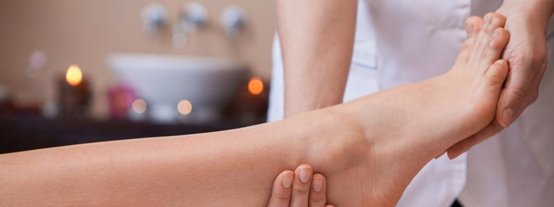 Reflexology_London_Putney_Well4ever_Massage_Foot_Care-800px